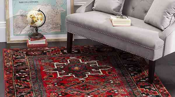 Safavieh Vintage Hamadan Collection VTH211A Red and Multi Area Rug 9x12