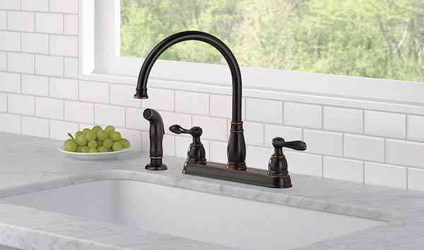 Delta Faucet Kate Single-Handle Kitchen Sink Faucet with Pull Down Sprayer, Soap DispenserDelta Faucet Windemere 2-Handle Kitchen Sink Faucet with Side Sprayer in Matching Finish, Oil Rubbed Bronze