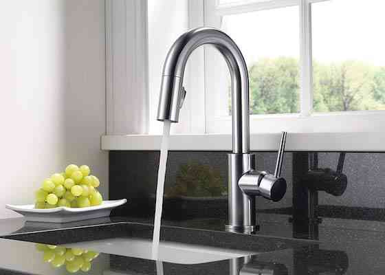 Delta Faucet Trinsic Single-Handle Bar-Prep Kitchen Sink Faucet with Pull Down Sprayer